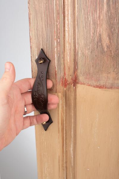KUPID Rustic Motif Leather Handle With 2 Hexagonal Antique Brass Screws