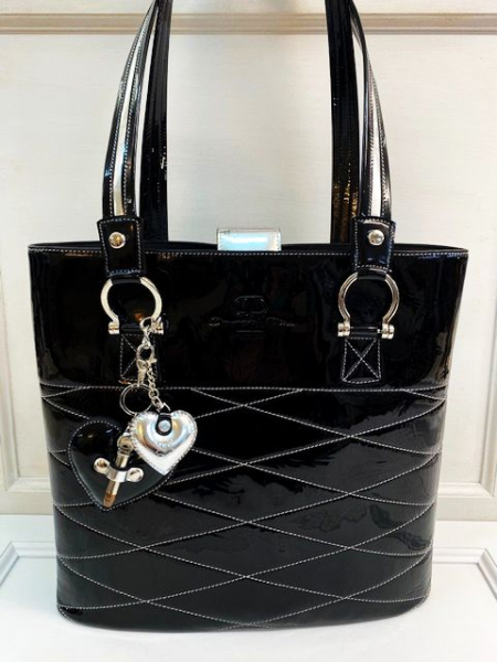 Bag in black and silver leather