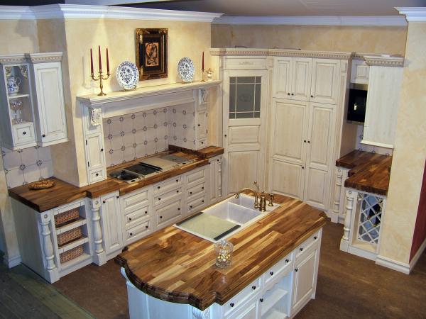 Kitchen Royal walnut custom