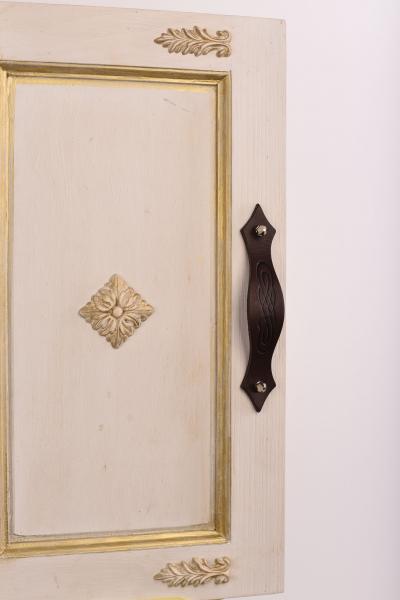 KUPID Spirit Motif Leather Handle With 2 Hexagonal Silver Screws