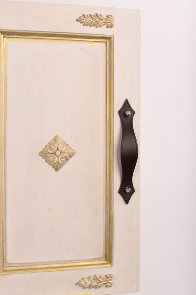 KUPID Stiches Leather Handle With 2 Hexagonal Silver Screws